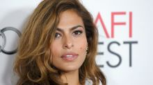 Eva Mendes praised for keeping it real after sharing Supercuts selfie