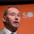 Bond investor Jeffrey Gundlach bets stocks March lows to be surpassed in April