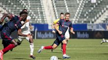 WGN-Channel 9 inks deal to broadcast Chicago Fire games