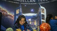 Blind children in Chile get solar eclipse experience
