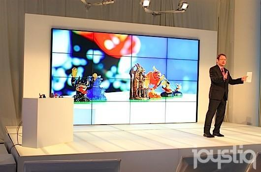 Skylanders Giants will not require new Portal, mobile apps coming, Toys R Us to have exclusive figures [update]