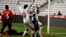 Com gol contra de Felipe Aguilar, Fluminense vence o Athletico-PR