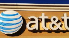 Read This Before You Buy AT&T Inc. (NYSE:T) Because Of Its P/E Ratio