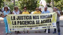 La muerte de Vela golpea el futuro de las causas de bebés robados en España