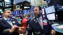 S&P 500 fecha perto de máxima histórica com início de temporada de balanços