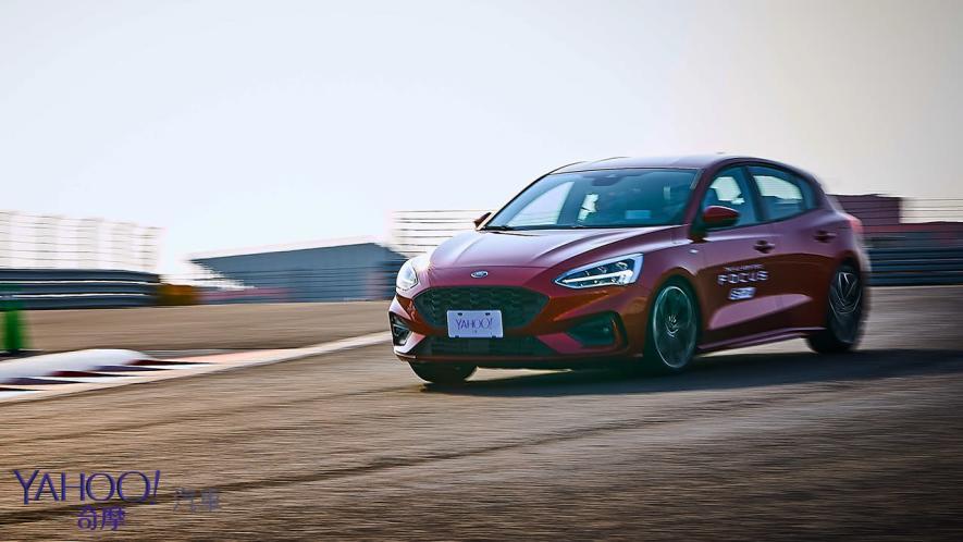 殺彎後、更清晰!Ford Focus ST-Line賽道體驗 - 12