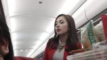 一張相爆紅?Air Asia空姐被稱「全亞洲最美空姐」