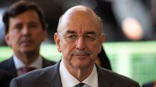 Osmar Terra pede sintonia entre Bolsonaro e Mandetta e diz que quarentena vai matar o Brasil