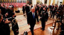 Trump anuncia nuevas sanciones contra el ron y los cigarros cubanos