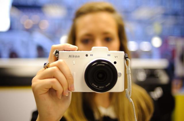 Nikon phases out 1 series mirrorless cameras
