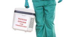 Good News des Tages: Junge Frau findet mit Pappschild einen Nierenspender