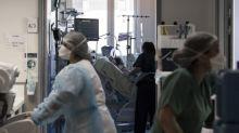 Covid-19 : des médecins redoutent le déconfinement et appellent à anticiper une troisième vague