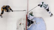 Sidney Crosby uses his mastery of the bank shot vs. Stars (Video)
