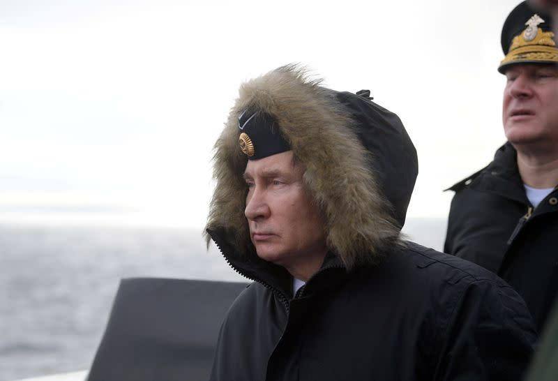 Putin attends Black Sea drills by the Russian navy