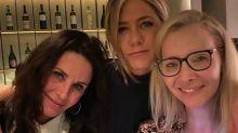 Elenco de 'Friends' confirma novo episódio especial em maio: 'Está acontecendo'