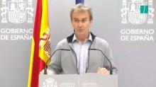 Un periodista corrige a Fernando Simón nada más empezar a hablar y él replica con una frase premonitoria