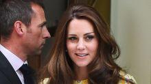 Herzogin Kate und das geheime Kleid, das sie mit zur Geburt von Prinz George nahm