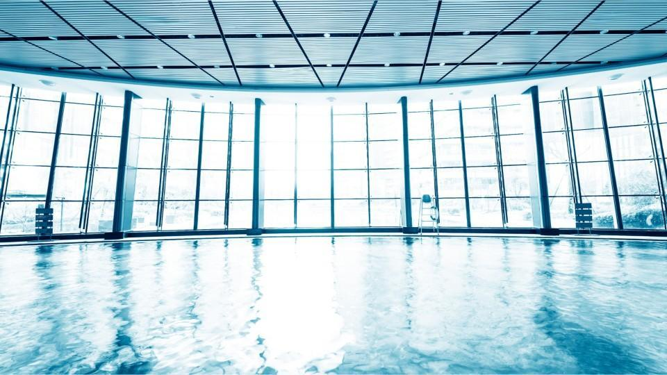 You Can Swim In A Glass Bottom Pool That Hangs 500 Feet In The Air If That 39 S Something You 39 Re