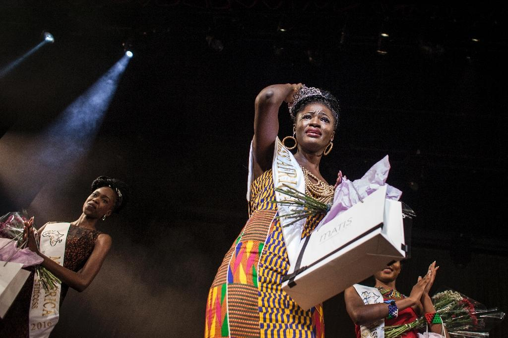 Miss Ghana, Rebecca Asamoah, is crowned the first ever Miss Africa Continent in Johannesburg, South Africa on April 30, 2016 (AFP Photo/John Wessels)