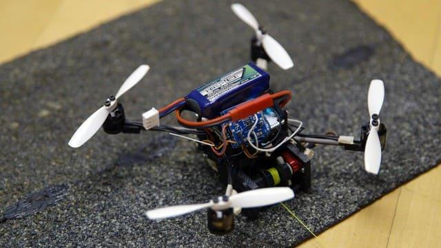 These tiny drones can lift 40 times their own weight | Engadget