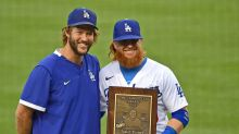 Justin Turner wins Roy Campanella Award for 3rd time in 4 years