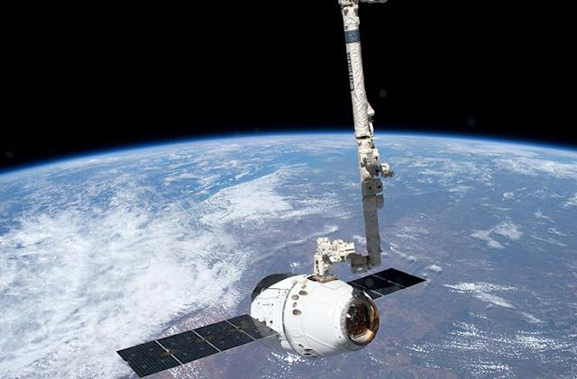 What you need to know about commercial spaceflight
