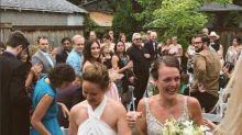 Hollywood star Kristen Stewart crashes Winnipeg wedding