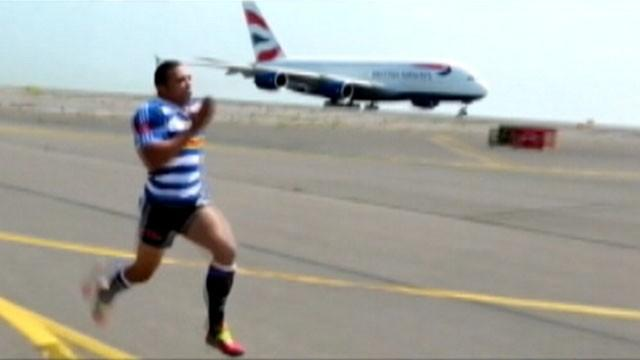 Professional Athlete Tries to Outrun Jetliner