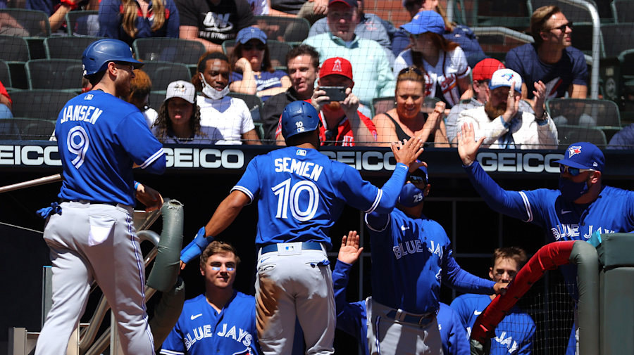 Resilient Blue Jays rally to beat Braves once again
