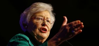 Companies, political leaders turn up heat on anti-vaxxers