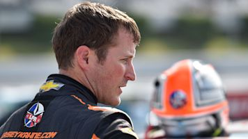 Kahne to retire from full-time NASCAR racing
