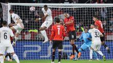 Foot - C1 - Rennes - Ligue des champions : pourquoi Steven Nzonzi (Rennes) est suspendu à Séville