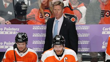 Flyers fire Hakstol after rampant speculation
