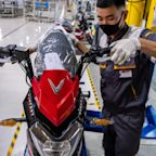 Vingroup Said to Weigh $2 Billion U.S. IPO of Unit VinFast