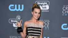 Critics' Choice Awards 2018: el moño alto con lazo de Margot Robbie no es lo que esperas