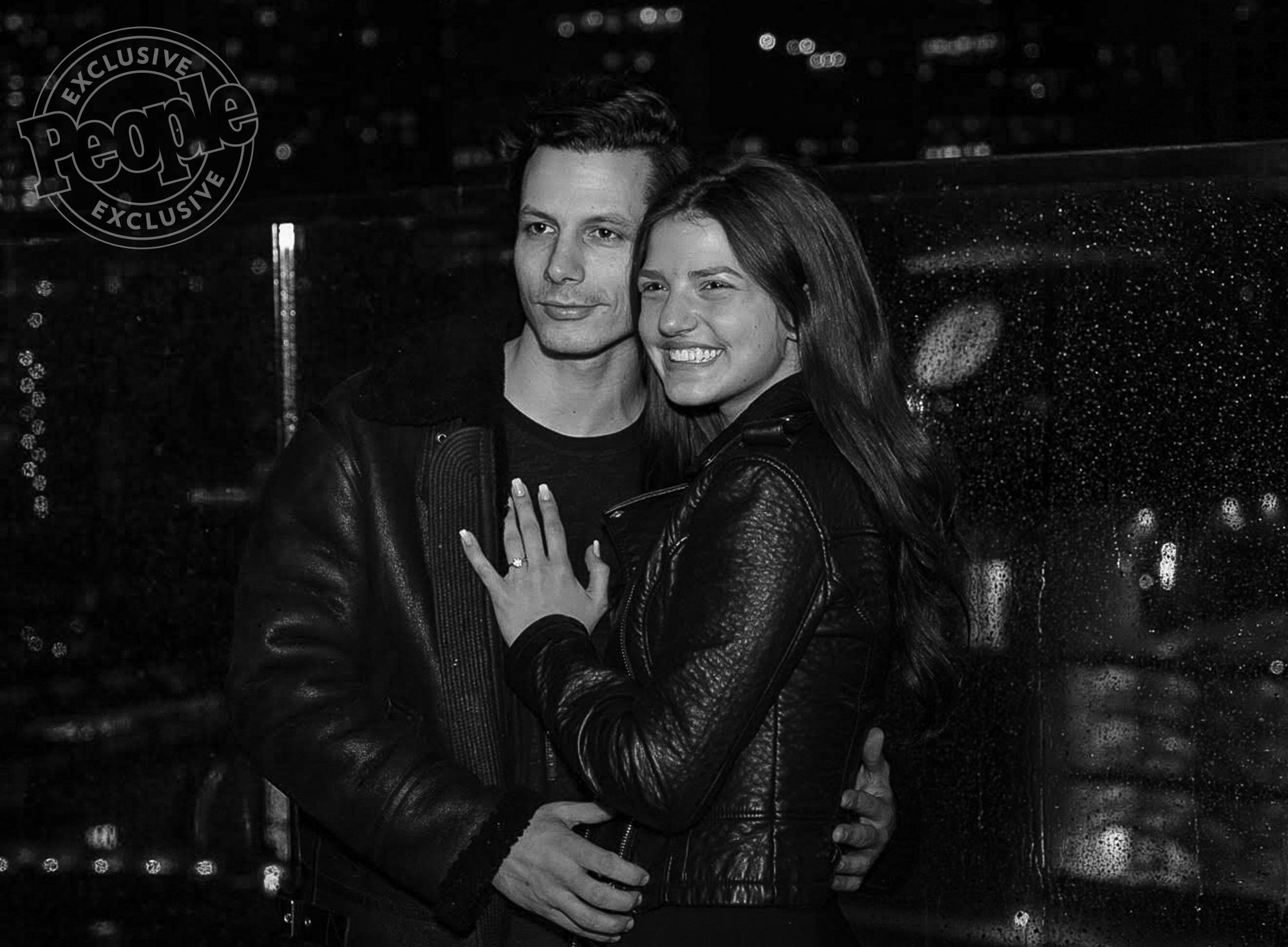 Devin Dawson Is Engaged To Leah Sykes All The Details On