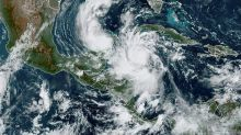 L'ouragan Delta, qui va frapper le Mexique, rétrogradé en catégorie 3
