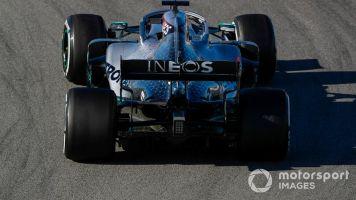 Il caso: la Ferrari deve rifare il naso e la Mercedes i fianchi?
