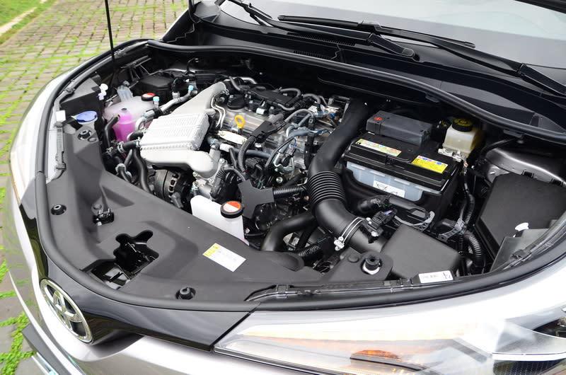 ▲C-HR這具1.2升渦輪增壓引擎的出力可媲美傳統1.6升甚至1.8升自然進氣引擎