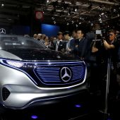 Electrics touted at Paris car show, but await their moment