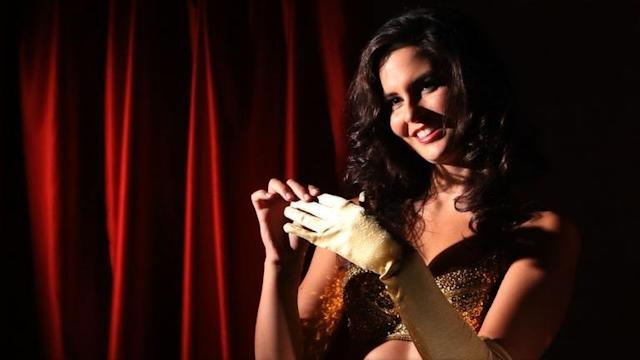 Classic Burlesque Moves: Reveal and Peel Techniques | How to Dance Burlesque