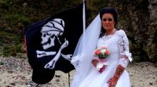 Jack Sparrow Impersonator Claims To Have Divorced A 300-Year-Old Ghost Pirate