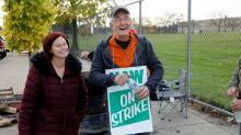 Funcionários da GM nos EUA encerram sua maior greve em quase 50 anos