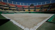 """Seis meses después de los Juegos, Rio se enfrenta a sus """"elefantes blancos"""""""