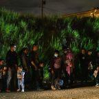 U.S. to seek rapid deportations of migrant families