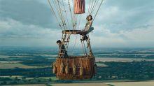 Felicity Jones y Eddie Redmayne se montan en globo para su primera película juntos tras La teoría del todo