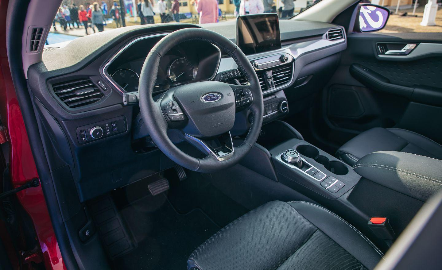 View Photos Of The 2020 Ford Escape Hybrid And Plug In Hybrid