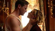 De Hitchcok a Netflix, los celos y el thriller se funden en el tráiler de la nueva versión de 'Rebeca'