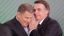 Bebianno chama Bolsonaro de louco e 'perigo para o Brasil', diz colunista