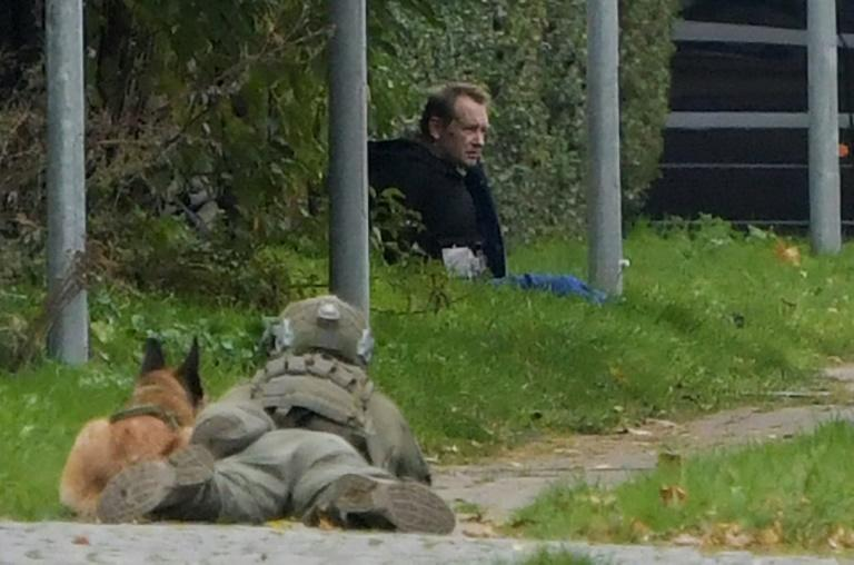 Unconfirmed media reports said convicted killer Peter Madsen had threatening police with detonating a bomb while attempting to break out of jail